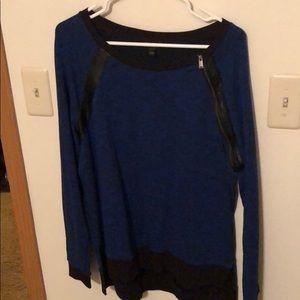 💙Blue oversized Express sweater 💙